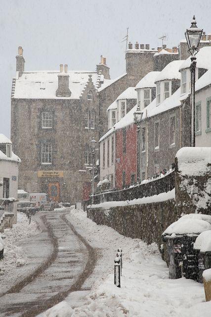 "When it used to snow in Edinburgh: ""Edinburgh, Queensferry, Scotland. """