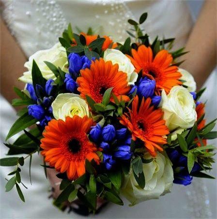 Gypsophila Wedding Flowers Cost On Wedding Vows Jamie Foxx Into Wedding Dresses Red And Whit Orange Wedding Flowers Orange Flower Bouquets Blue Wedding Bouquet