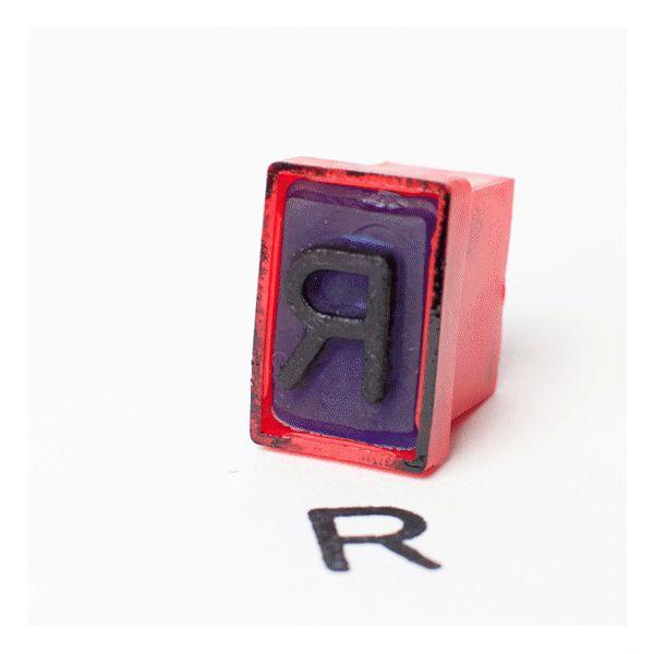 Radiator, animation by Julia Kaiser #animation #animatedgif #gifanimation#spokenword #identity