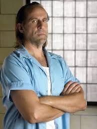 "Peter Stormare as mafioso John Abruzzi, ""Prison break"" = ""Skazany na śmierć"""