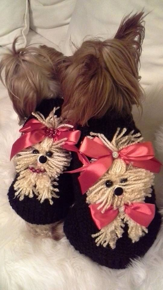 Dog Sweater Yorkie Black with Red By Nina's por NinasCoutureCloset