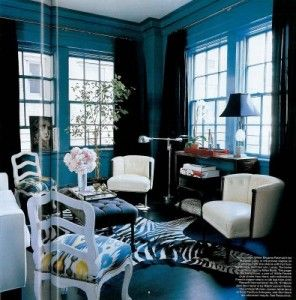 love it: Wall Colors, Blue Rooms, Living Rooms, Chairs, Blue Wall, Black White, Colors Schemes, Bold Colors, Zebras