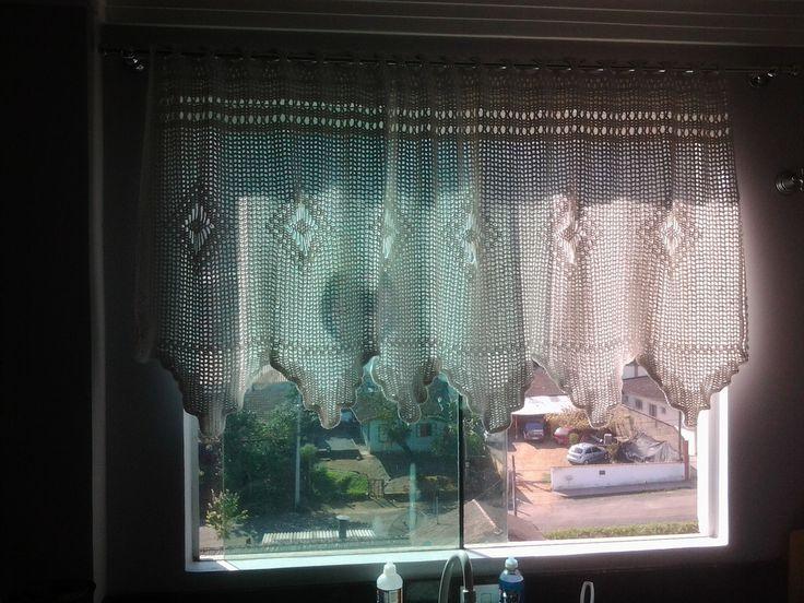 Cortina de crochê <br>para janela com 1,30 de largura (a cortina tem 1,90) <br>Aceito encomenda em outro tamanho (consultar prazo para enviar)