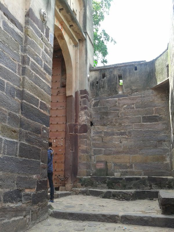 First gate of the #Ranthambore Fort known as Nolakha Gate