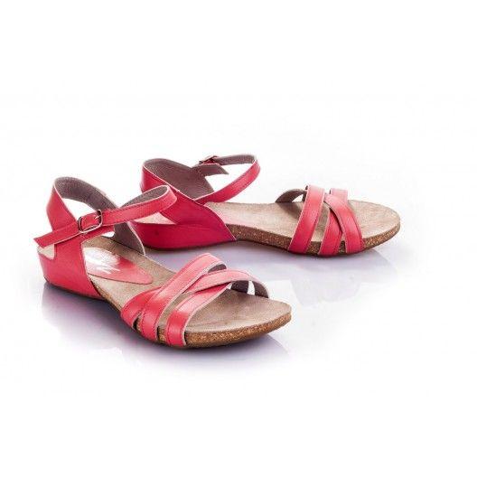 Dámske sandále červenej farby s otvorenou špičkou - fashionday.eu