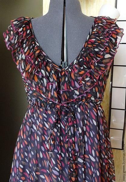 Платье из шифона в рюшках