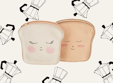 Toast shaped wallet