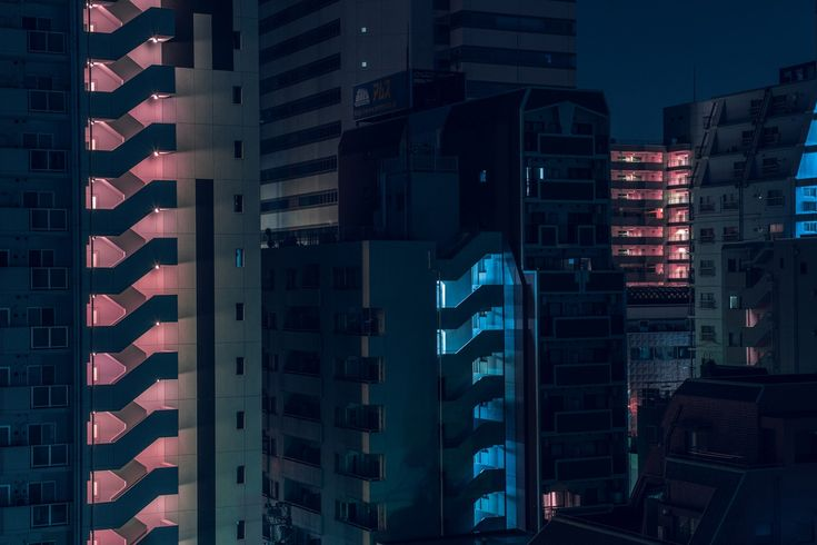 Australian photographerTom Blachforddoes not hide it: for hisNihon Noirseries, he was directly inspired by the photograph of the movieBlade Runner 2049 (scheduled via http://www.tailwindapp.com?utm_source=pinterest&utm_medium=twpin)