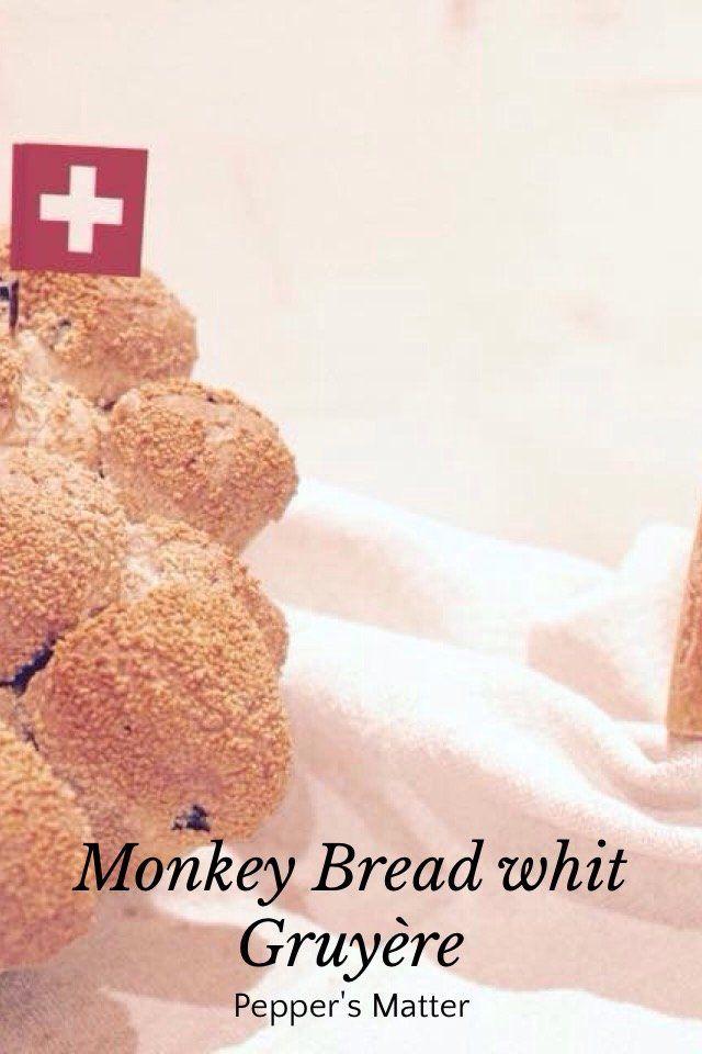 Monkey Bread with Gruyère Recipe  http://peppersmatter.wordpress.com/2014/10/31/monkey-bread-mia-nonna-lo-chiamava-riciclo/