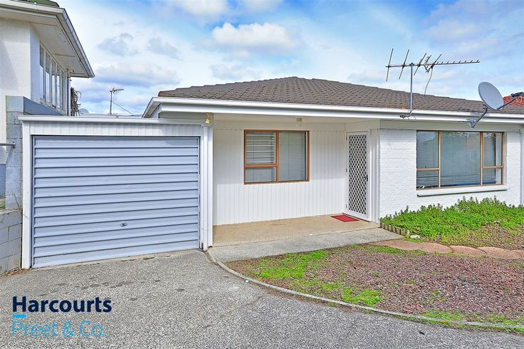 http://ajaygulati.harcourts.co.nz/Property/768422/MKU8696/16b-Churchill-Ave