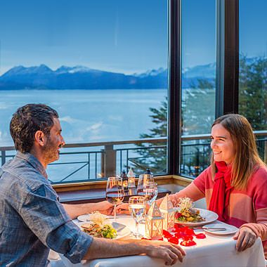 A #delicious 5* #dinner next to the Beagle Channel, in the End of the World, could be one of the options to spend your next New Year's Eve if you choose the Full Patagonia Itinerary for next December/January. Would you like to know more about it? Click the photo! #Patagonia #newyear #holidays #vacation #travel #luxury #dinner #mountains #landscape #beaglechannel #endoftheworld #outdoors #nature #moments #experiences