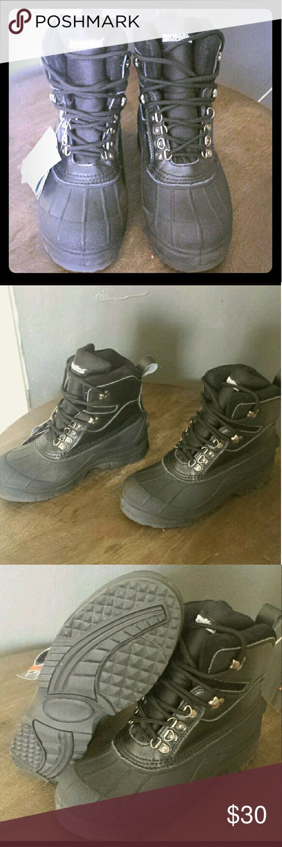 NWT Rothco waterproof winter hiking boots Warm and slip resistance winter work boots, great for hiking in the snow. 100% waterproof with thermoblock insulation. New with tag, never worn was a little too big for my foot. Fits true to size. Mens size 7, womens size 8.5 Rothco Shoes Winter & Rain Boots