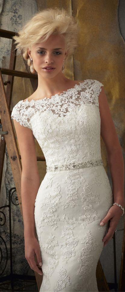 lace wedding dress mermaid #wedding #dress #fashion