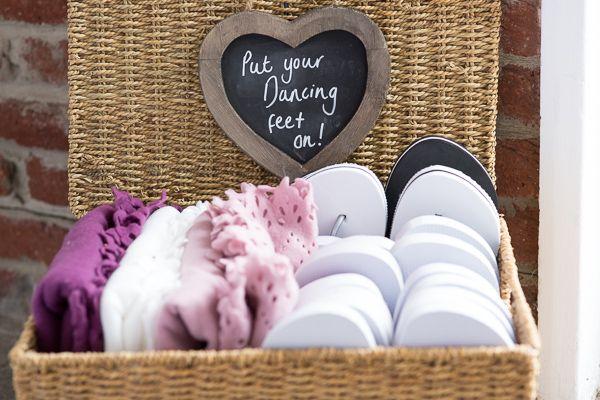 Sweet Homemade Vintage Wedding http://www.traceychristina.com/