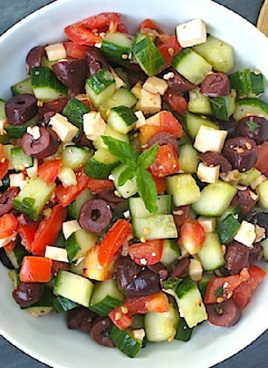 Low FODMAP Recipe and Gluten Free Recipe - Crunchy feta & tomato salad www.ibssano.com/...