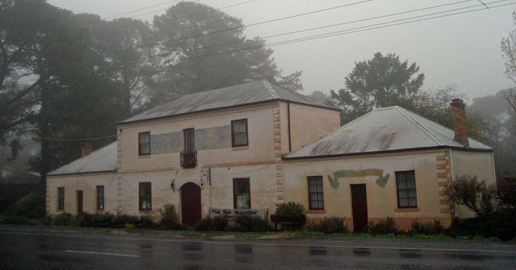 The former Macaroni Factory, Hepburn Springs, Vic.  was commenced in 1859 by brothers Giacomo and Pietro Lucini. The Lucinis were fabric merchants from Intra on Lake Maggiore in northern Italy who were forced to migrate as political refugees to Melbourne in the 1850s.