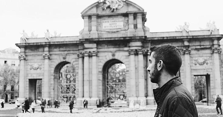 """TEMPLO DE DEBOH ¿QUE VISITAR EN MADRID? En cinco días con sus cuatro noches, es imposible deciros que conozco Madrid, pero por lo menos si me dio tiempo a ver todo lo que tenía planteado, entre ellos, el Templo de Deboh, el Museo de Cera, el musical """"El Rey León"""", estadio Wanda Metropolitaco, estadio Santiago Bernabéu, Puerta del Sol, Cibeles, Gran Vía, y un largo etc que veréis en fotos. H ola joteros, hoy os voy a contar que tal mi viaje a Madrid y los lugares que allí visité. A l..."""