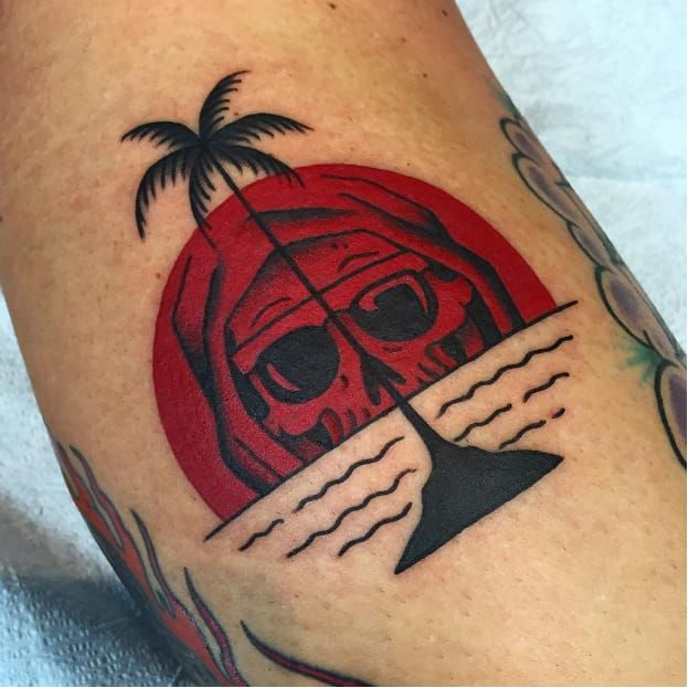 596 best images about tattoo on pinterest for Skull sun tattoo