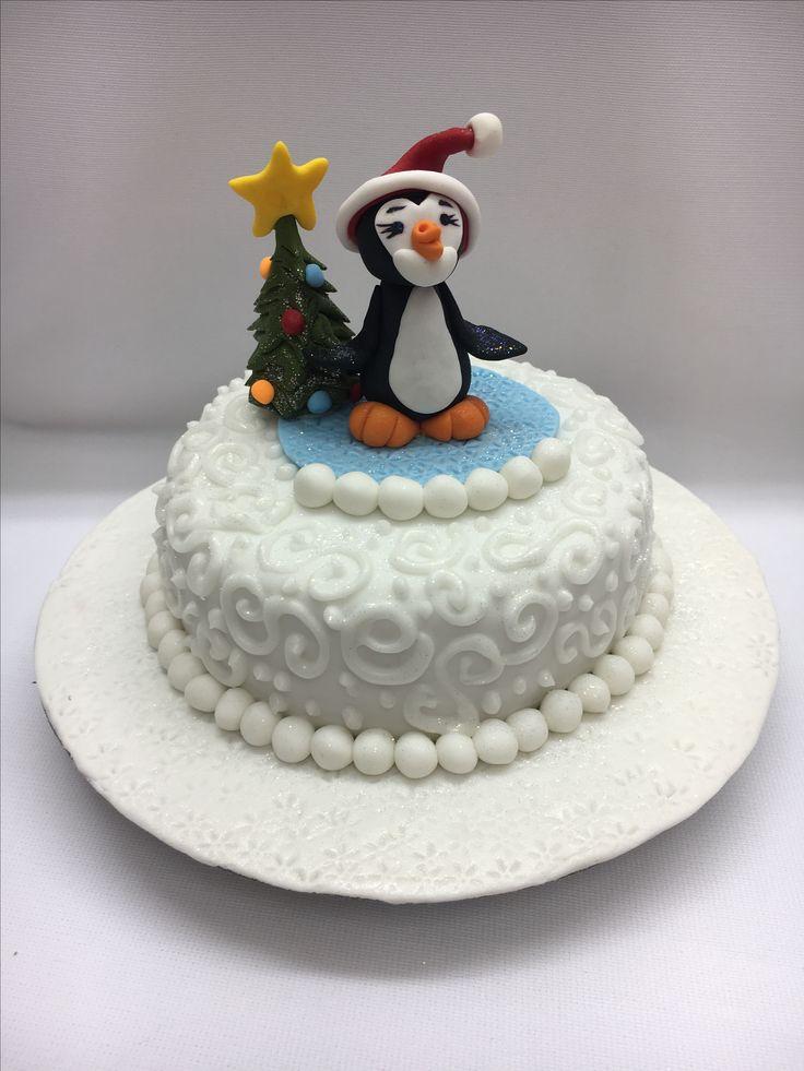 Penquin xmas cake