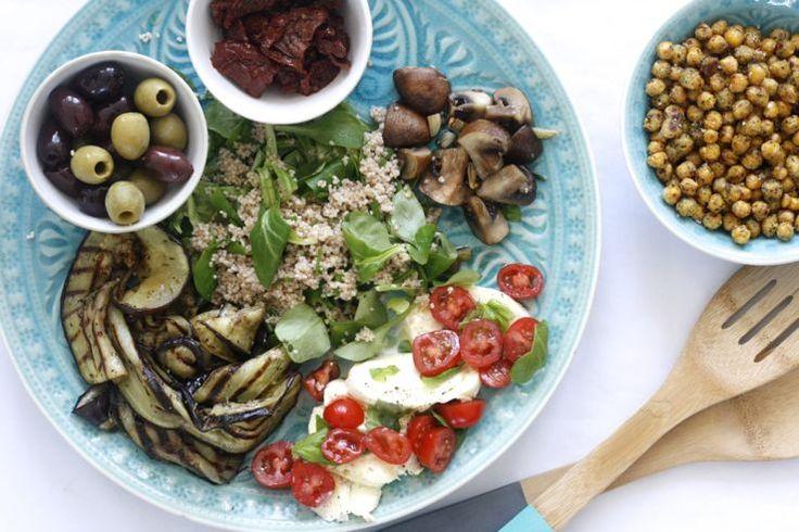 Mezze & couscous. Kleine gerechtjes uit de mediterrane keuken. #diner #hapjes