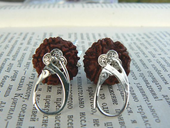 Shiva Trishul Rudraksha earrings Hindu symbol Kundalini