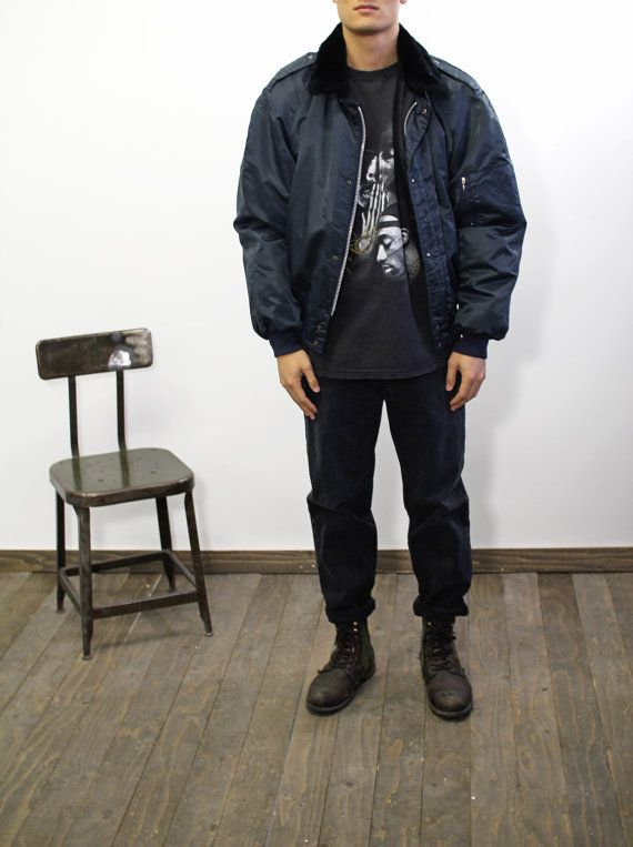 Blouson pour homme Vintage militaire bleu marine par CitizenVintage #mensfashion #bomberjacket #jacket #vintage #montreal