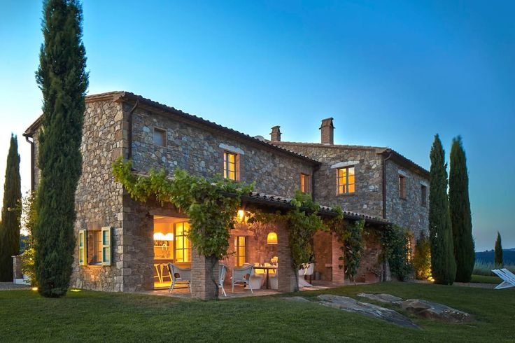 Villa in Acquapendente, Italy. Podere Palazzo is a unique country villa midway between Rome and Florence. Situated atop a hill with expansive views, this vacation home is surrounded by the unspoiled beauty of the rural Tuscan landscape and its oak woods, pastures, olive orchard...
