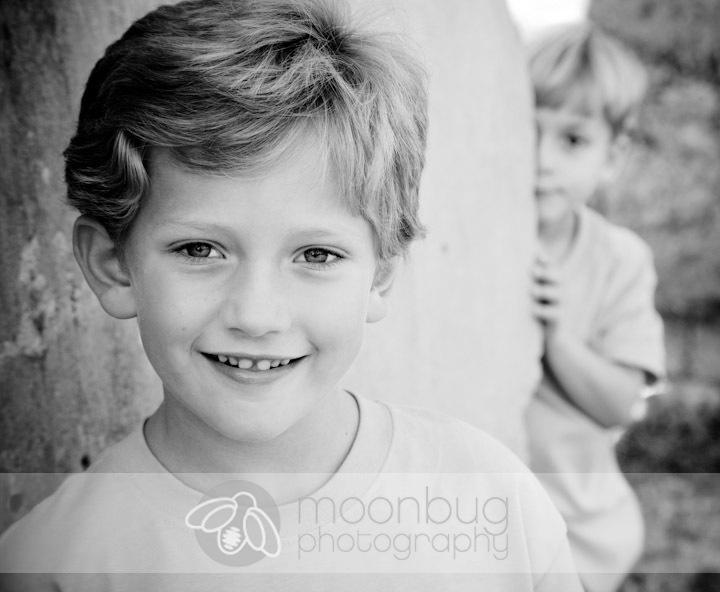 Brothers.  Siblings.   Moonbug Photography