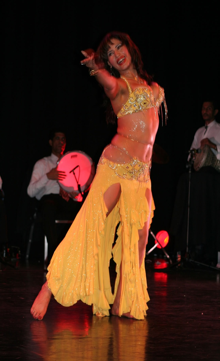 belly dance dance of the countryside How to belly dance courtesy of stars like shakira, belly dancing has become an international sensation and why not belly dancing is great exercise, and it's an art that anybody can.