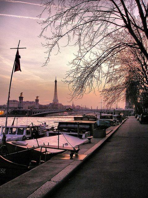 Paris dawn