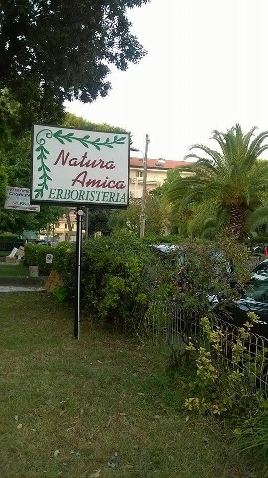 PRESSO NATURA AMICA SAS - Via Pisa 45 - 54100 - RONCHI Marina di Massa (MS) - TROVI I PRODOTTI DELLA RIPALTA