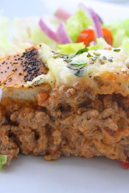 """Köttfärslimpa i krispigt franskbröd, det är gott det! Vilagadedettahäromdagen, och denna maträtten gjorde min mamma ofta till mig och mina syskon när vi var små. Vi kallade det """" låtsas köttfärslimpa"""" , och maträtten blir ofta mer uppskattad än den vanliga köttfärslimpan man gör i ugn. Denna maträtt är perfekt … Läs mer"""