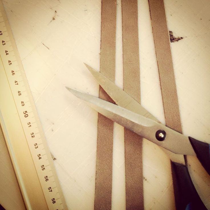 Work in Progress. Drawing and cutting #leather accessories #Vank