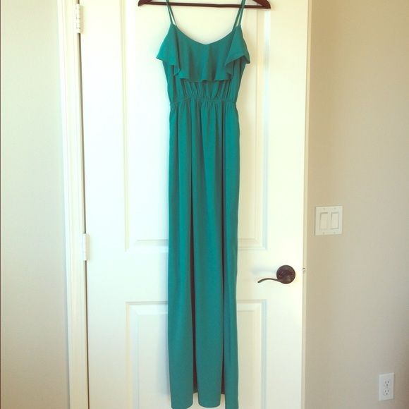 Beautiful teal maxi dress FLASH SALE Beautiful teal maxi dress! Only worn once! Perfect condition!!! Dresses Maxi