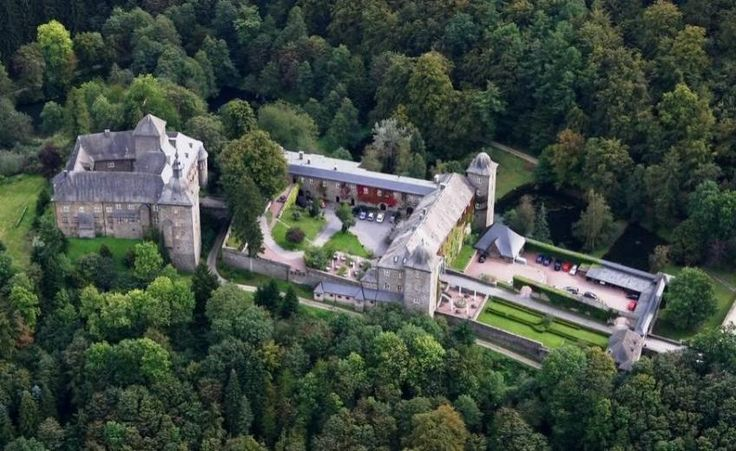HISTOHOTELS - Burghotel Schnellenberg, a Castle property, located in Nordrhein-Westfalen, Germany
