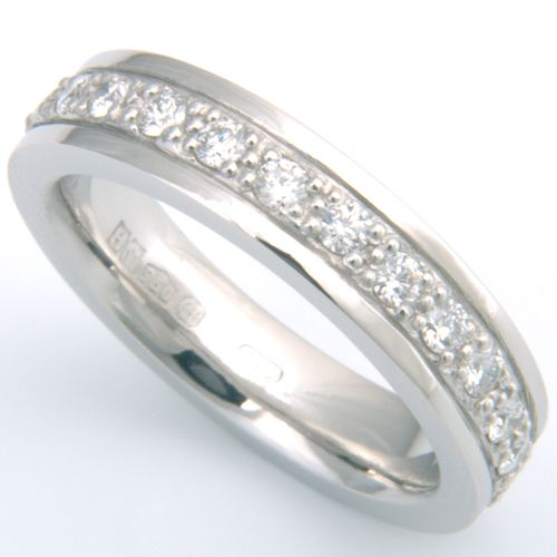 Cool Platinum Grain Set Diamond Wedding Ring with Diamond Cut Lines Form Bespoke Jewellers diamond