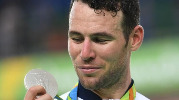 Great Britain's Mark Cavendish achieved his ambition of winning an Olympic medal by taking silver in the omnium.