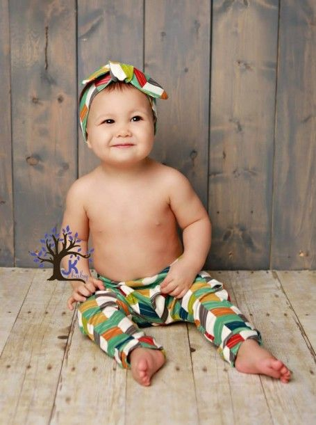 """Sweet Pea"" -Baby Leggings and Headpiece"