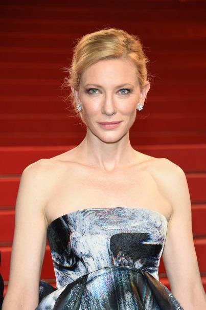 ケイト・ブランシェット(Cate Blanchett)、ジャイルズ・ディーコン(GILES DEACON) #Cannes2015