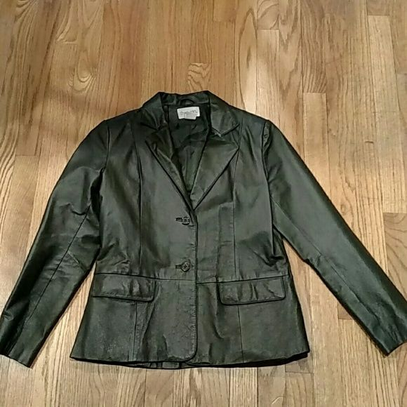Price drop!! Pine green leather jacket Leather blazer in good used condition. Two front pockets and polyester lining throughout. Chadwicks Jackets & Coats Blazers