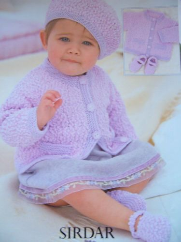 Knitting-Pattern-Sirdar-1617-BABIES-JACKET-BERET-AND-SHOES-16-26-Snuggly-Bubbly