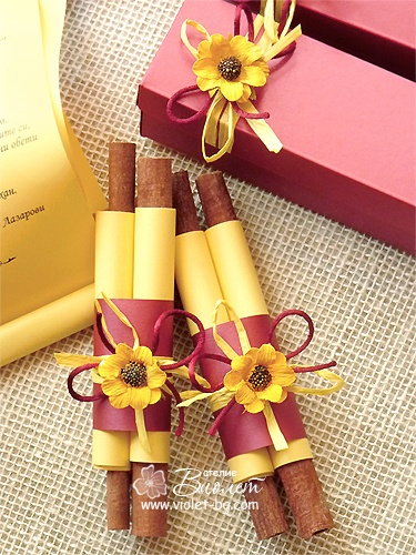Sunflower inspired #wedding #invitation #scrolls from www.violet-bg.com I have got to figure this out in English! I cant read it :(