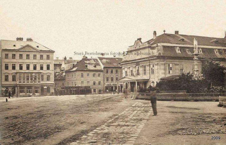 Hviezdoslavove námestie, vpravo predchodca SND