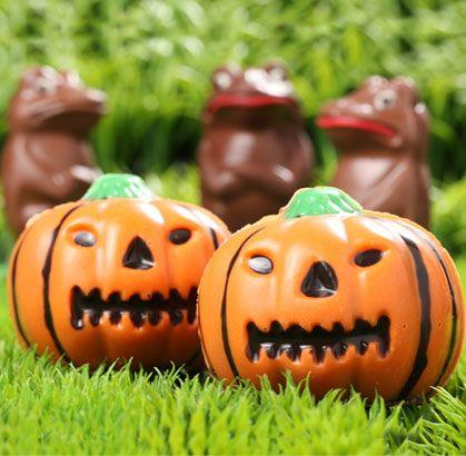 """Nuestro recomendado para que te diviertas como un niño en halloween """"CALABAZAS DE CHOCOLATE"""" de la #reposteriaastor   Ponle Astor a tus días   www.elastor.com.co"""