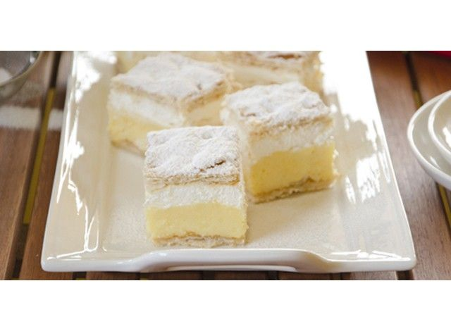 Bled cream cake or Kremna Rezina is a typical cake from Slovenia, made with two layers of puff pastry and a pastry cream and whipped cream filling. Originally from the enchanting town of Bled, it looks and tastes much like a mille-feuille layer cake. The puff pastry can be store-bought or made at home, the whipped cream should preferably be non-dairy, and the surface should be dusted with plenty of powdered sugar. Bled cake has two unique characteristics: the pastry cream is made with hard…