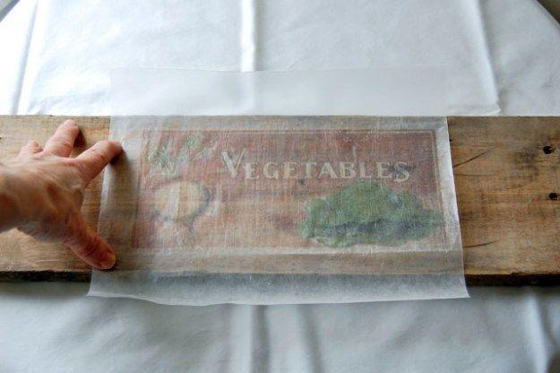 mit Wachspapier (Backpapier?) Holz bedrucken....