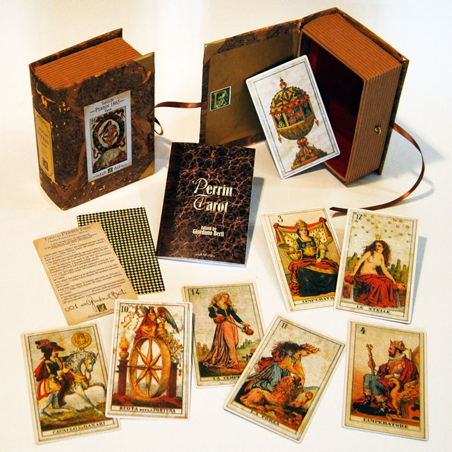 PERRIN TAROT 1865 Box created by Letizia Rivetti for the Perrin Tarot 1865. Limited edition: 600 numbered copies. Edited in 2016 by Araba Fenice and manufactured by Rinascimento Italian Style Art.