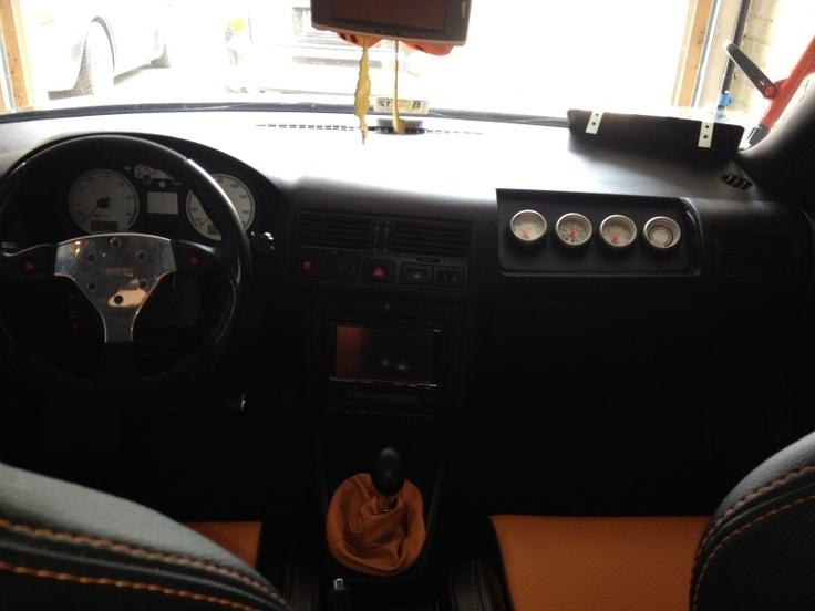 Volkswagon Jetta 2000 custom gauge pod