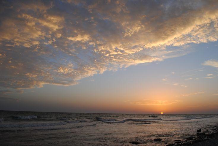 الصورة عالية الدقة المجانية لغروب الشمس والشمس والبحر والسحب الصيف السماء الأفق السحابة المحيط شروق الشمس الشفق الموجة الشاطئ Photo Sunset Outdoor