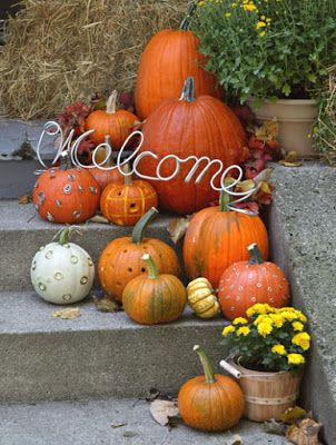 pumpkin decorations for steps non scary halloween decorations - Non Scary Halloween Decorations